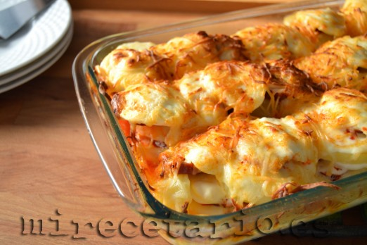 Rakott Krumpli - Pastel de patatas húngaro